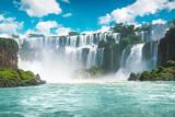Niesamowite wodospady Iguazu w Brazylii