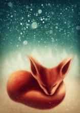 Fox spanie w zimowym lesie
