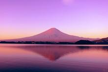 河口湖 か ら 赤 富士