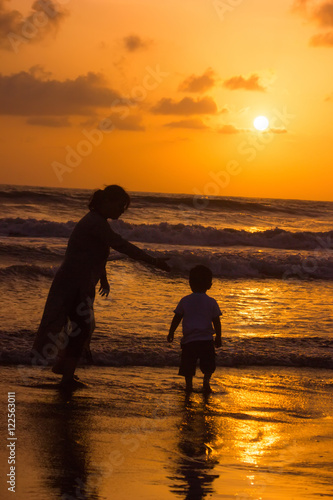 In de dag Oranje eclat Beautiful cloudscape over the sea, sunset shot
