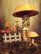 Kolorowe jesienne grzyby, kwiaty, bluszcz i drewniany płot