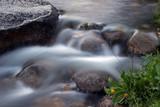 Río aguas limpias en Sallent de Gállego, Valle de Tena (Huesca)