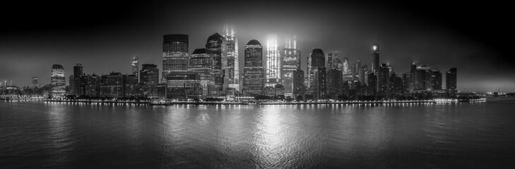 Manhattan (B&W)