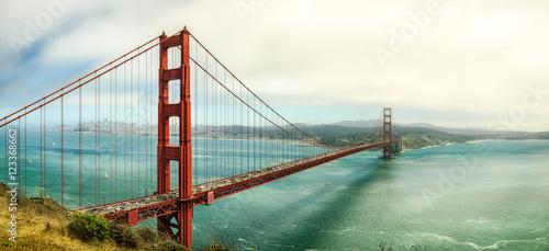 Fototapeta samoprzylepna Golden Gate Overview