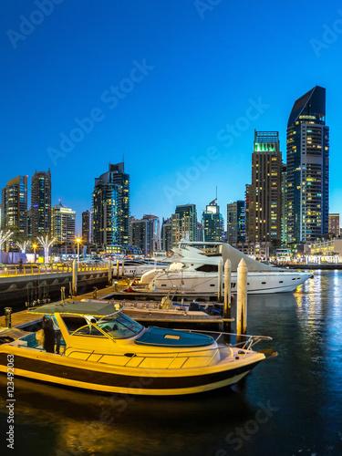 Plexiglas Schip Panorama of Dubai marina