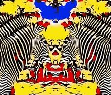 Zeichnen und Malen Zebras mit roten gelben und blauen Hintergrund