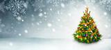 Weihnachtsbaum und Schnee Hintergrund mit viel Textfreiraum