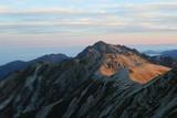 早朝の剱岳