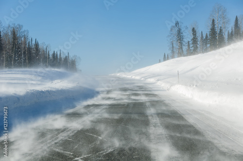 drifting snow road snowdrifts