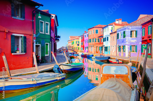 Poster Colorful houses in Burano, Venice, Italy