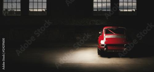 911-oldtimer-czerwony-samochod-sportowy-samochod-wyscigowy-siedemdziesiatych