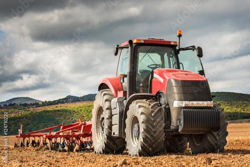 Aluminium Trekker Red tractor.