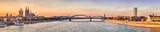 Köln Dom Panorama mit Brücke - 124881475