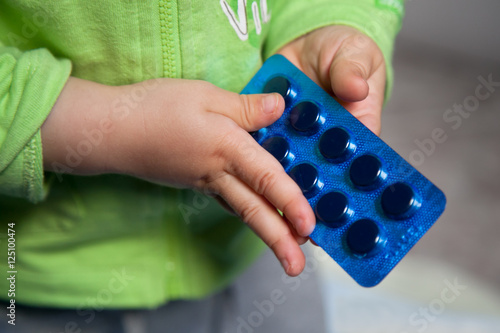 Bambino e farmaci pericolosi