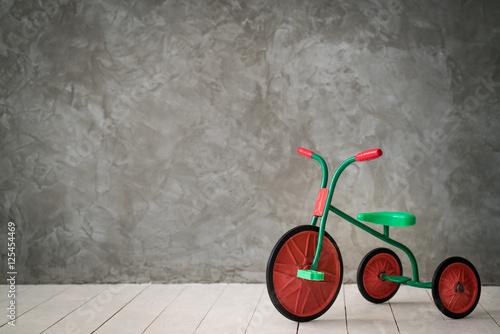 Deurstickers Fiets Retro children tricycle