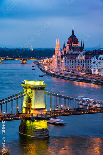 Poster Budapest Parliament at twilight