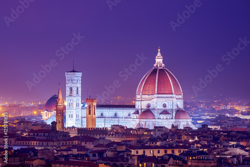 Plexiglas Violet Cathedral Saint Mary of the Flower at night, Basilica di Santa Maria del Fiore in Tuscany Florence, Italy. Travel outdoors sightseeing background