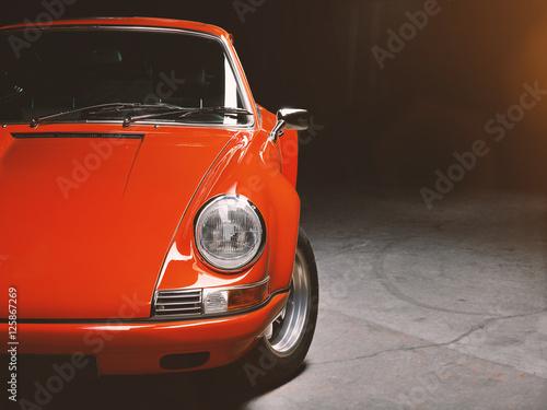 Oldtimer roter Sportwagen, Rennauto siebziger Jahre Poster