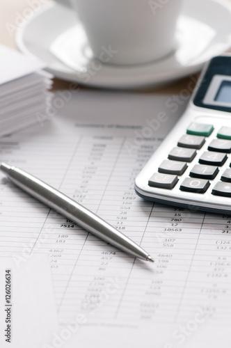 Calcolatrice penna e budget - 126026634