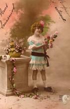 Français antique carte postale vintage petite fille.