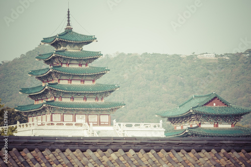 Staande foto Seoel Geunjeongjeon, the Throne Hall, at the Gyeongbokgung Palace,