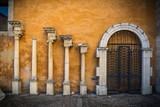 modelo ordenes clásicos de columnas griegas y romanas
