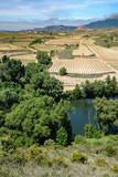 Rio Ebro, San Vicente de la Sonsierra al fondo, La Rioja (España)