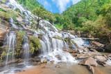 Fototapety Waterfall : Mae Ya Waterfall