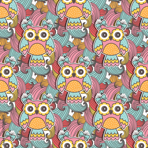 Papiers peints Hibou Seamless pattern of colorful owls with swirls