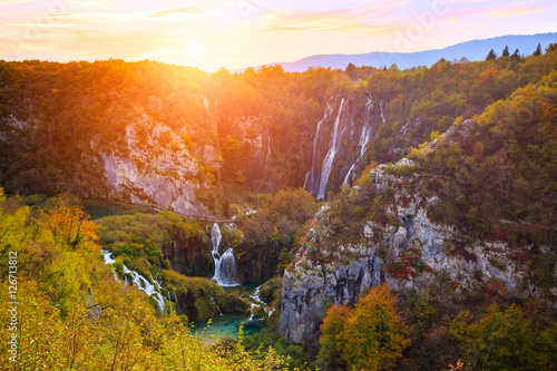 Poster Oranje eclat Autum colors and waterfalls of Plitvice National Park