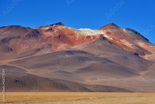 Plakát Desert and mountainous landscape in Altiplano