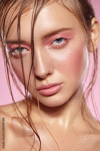 Poster Portrait of girl with bright pink make-up.
