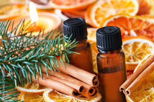 Leinwanddruck Bild Öle - Zimt und Orangen