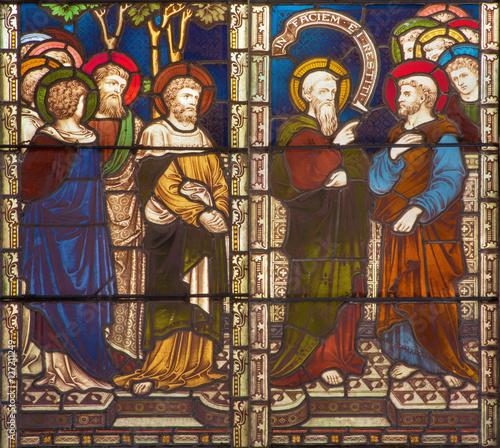 rzym-wlochy-marzec-9-2016-sceny-st-paul-w-konflikcie-z-st-peter-na-witrazu-kosciol-anglikanski-all-saints-przy-workroom-clayton-hall-i-19-cent