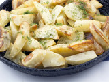 Potato wedges in the pan