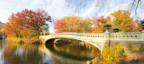 Foto op Canvas New York Central park autumn scene, New York