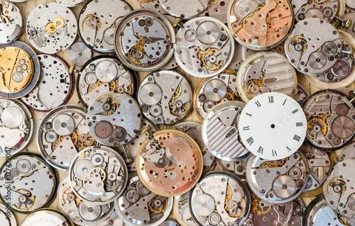 Zdjęcia tarcza zegarka