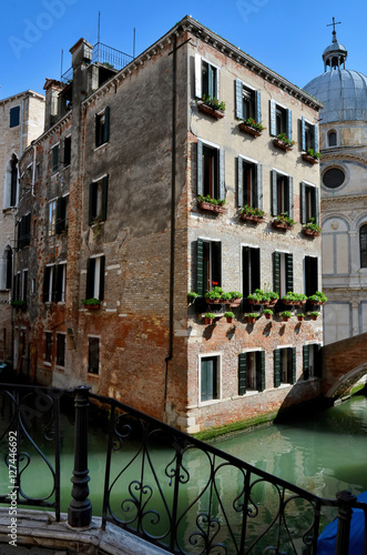 Venice, antique palace and canals Plakat