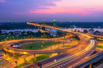 Fototapeta widok na most nocą