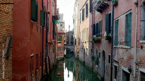 Poster Smal steegje Small canal of Venice, beautiful calm space of the city