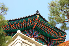 Le Eaves du temple, Jincheon, Corée du Sud: Ce temple est appelé 'Botapsa'