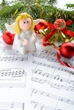 Christmas decorations, figures of angels and notes - 127730852