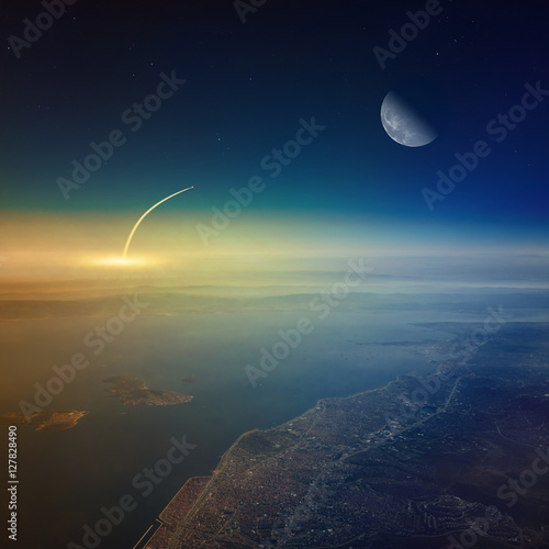 Foto op Canvas UFO Aerial view of space shuttle taking off