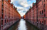 Speicherstadt in Hamburg - Unesco - 127869651