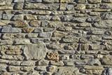 Muro di pietra.