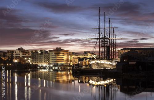 Keuken foto achterwand Schip Brunel's SS Great Britan at night