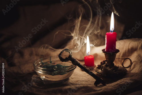 Andrzejki - St Eve. Andrew - omens of wax, lost wax by key