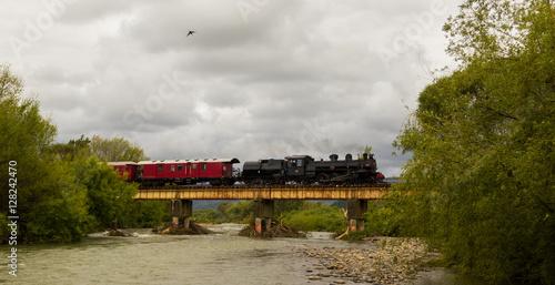 Zdjęcia Steam Train River Bridge