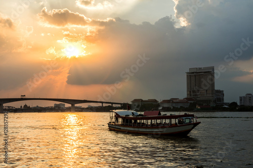 Poster Viewpoint Chao Phraya River sunset background at Asiatique The R