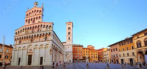 Fotobehang Toscane Lucques en Toscane